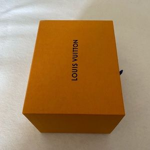 LOUIS VUITTON Thicker Pull Out Drawer Gift Box